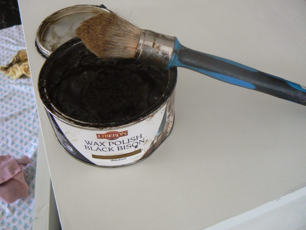 dark wax for chalk paint