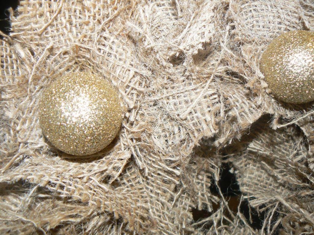 Χριστουγεννιάτικο στεφάνι από λινάτσα