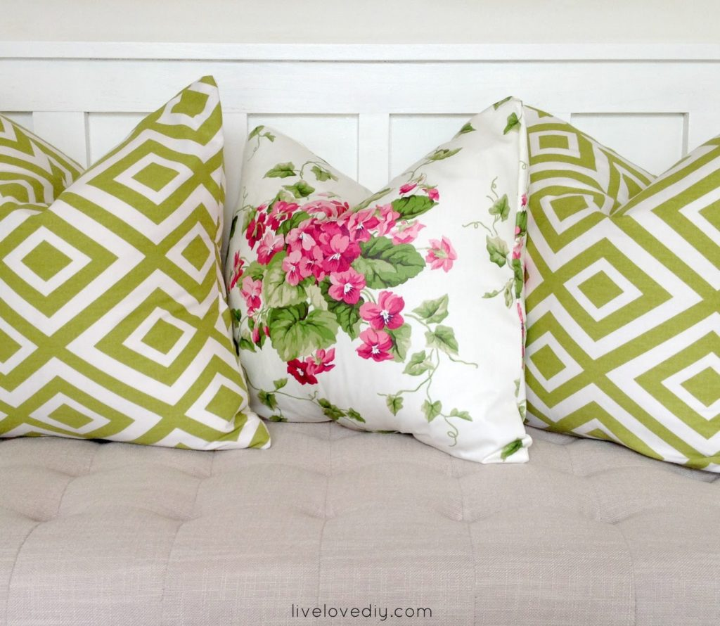 How to make a pillow with glue! A really easy no-sew pillow tutorial!