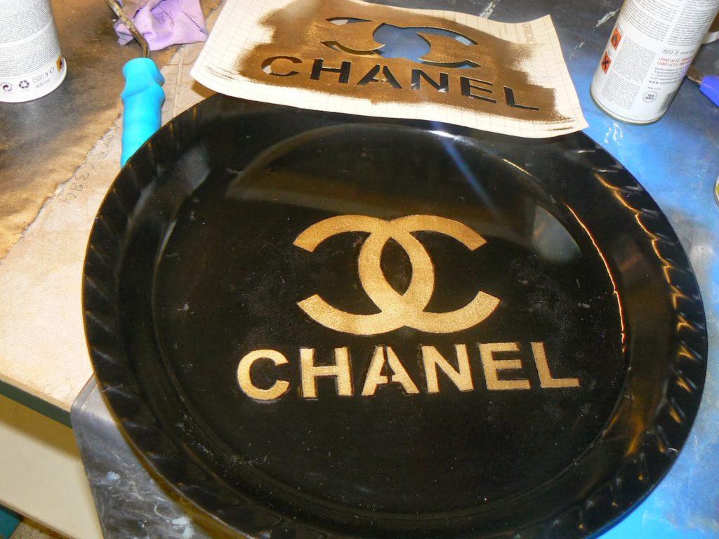 Chanel logo tray diy