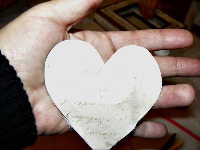 Διακοσμητικές χάρτινες καρδιές