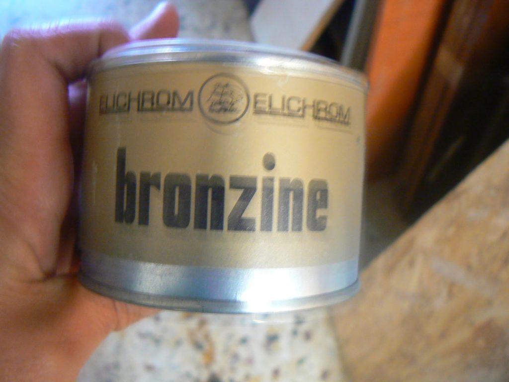 Bronze paint