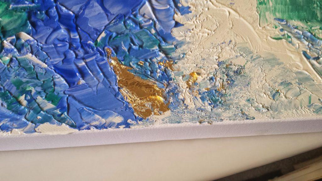 Φύλλα χρυσού πάνω σε καμβά με μπλε τόνους