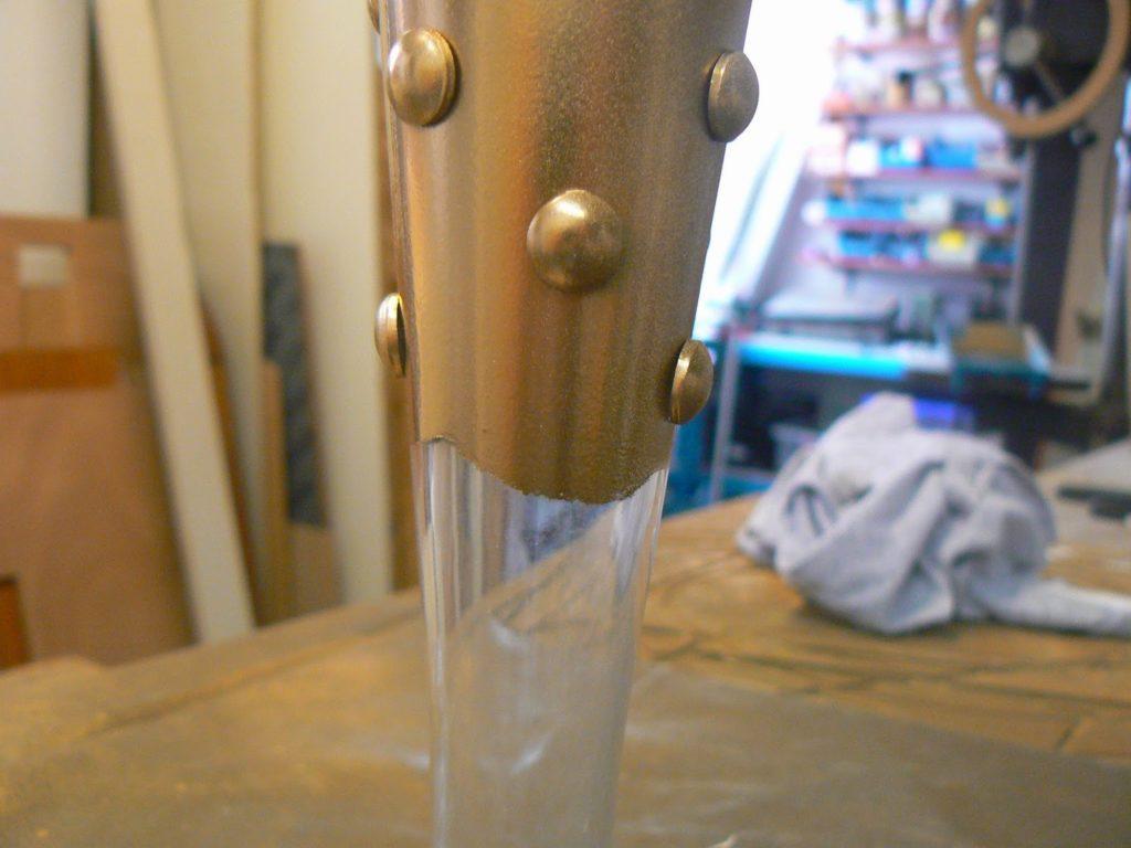 Γυάλινα βάζα σε χρυσό χρώμα