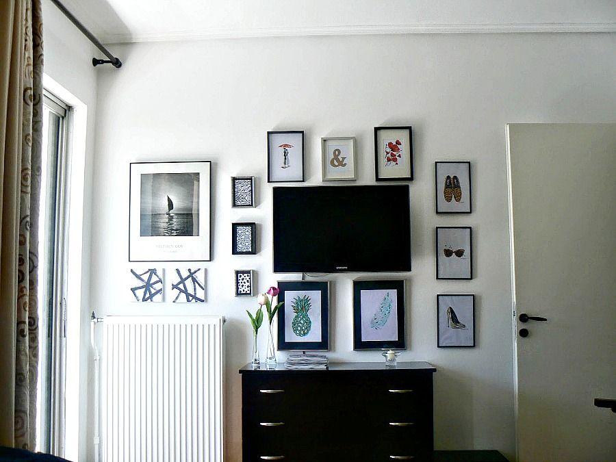 Πως να κρύψεις μία τηλεόραση με μία gallery wall, How to hide a mounted tv with a gallery wall