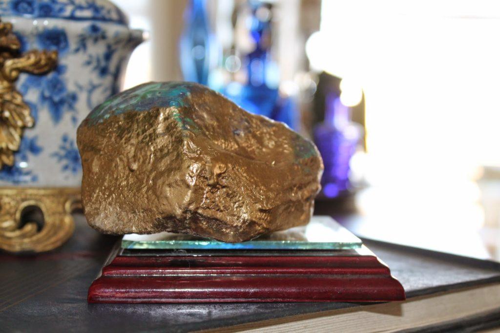 Αχάτες από πέτρες και βερνίκια νυχιών