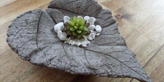 Concrete leaf home decor bowl gravel succulent