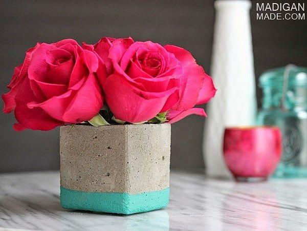Easy diy concrete vase