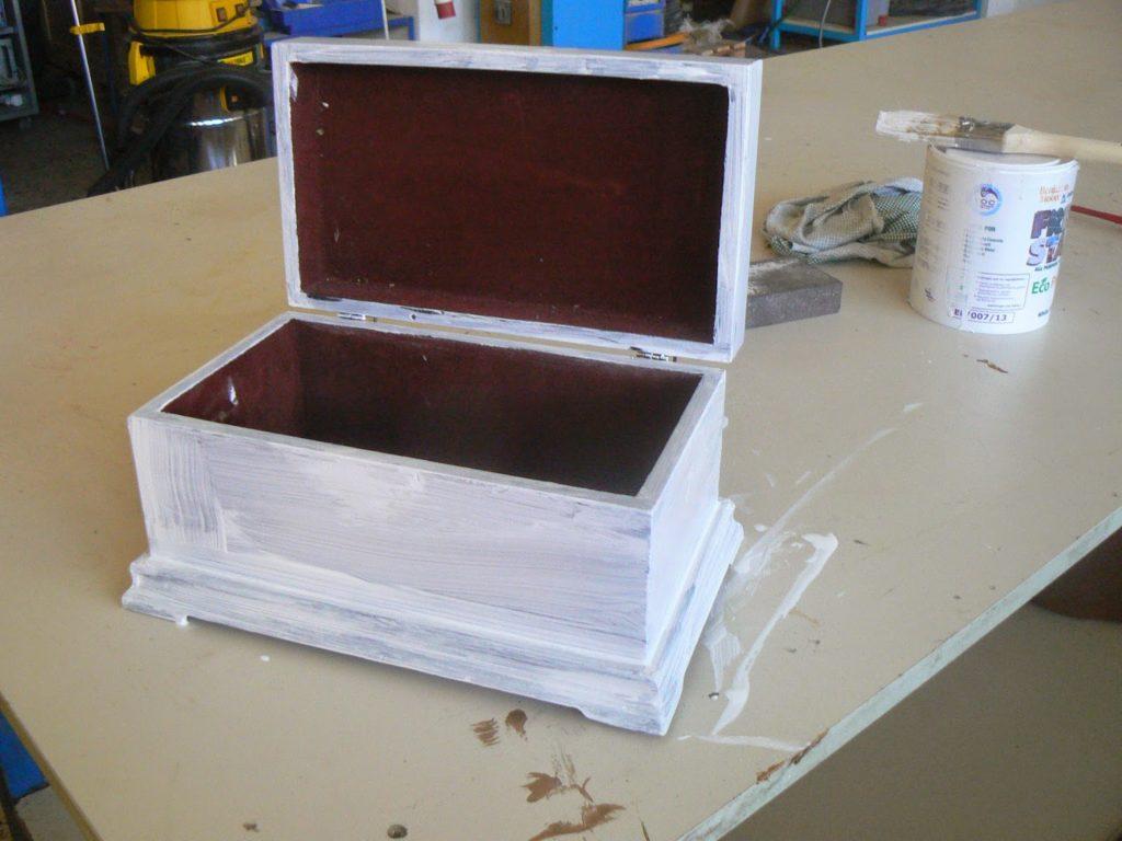primer on wood