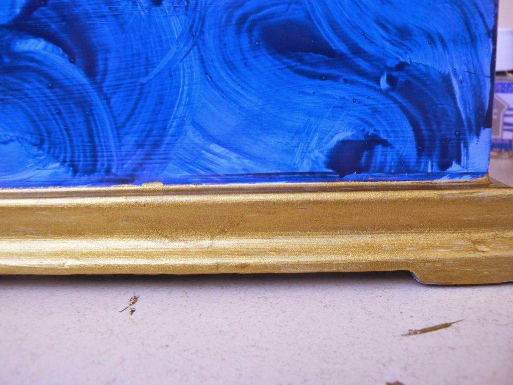Μπλε μπιζουτιέρα με εφέ μαλαχίτη και χρυσό