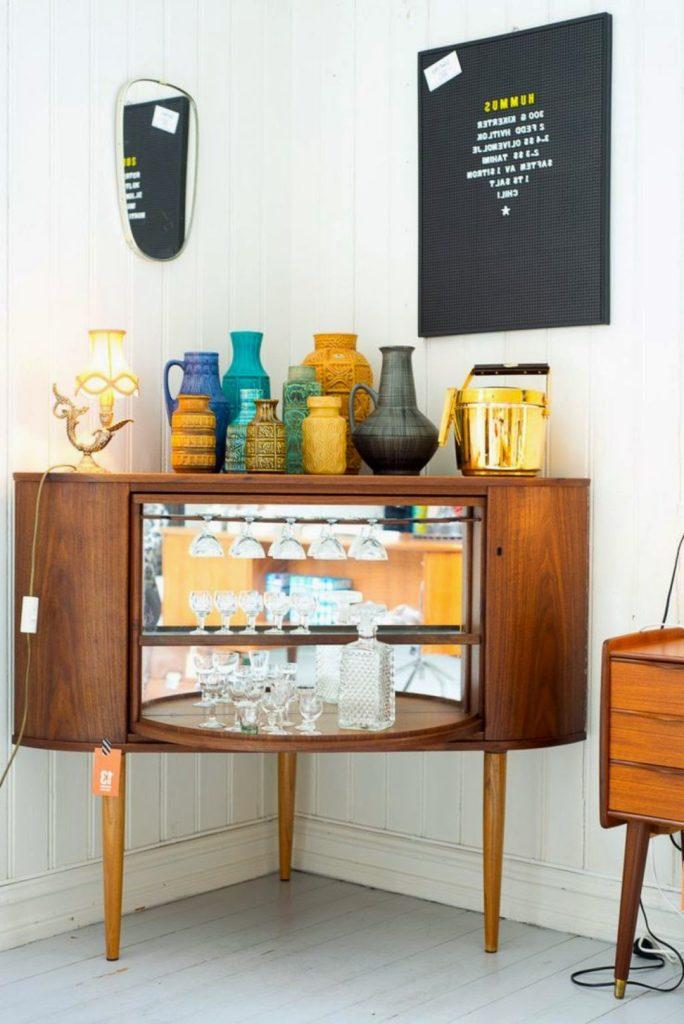 Μπαρ στο σπίτι, vintage bar cabinet