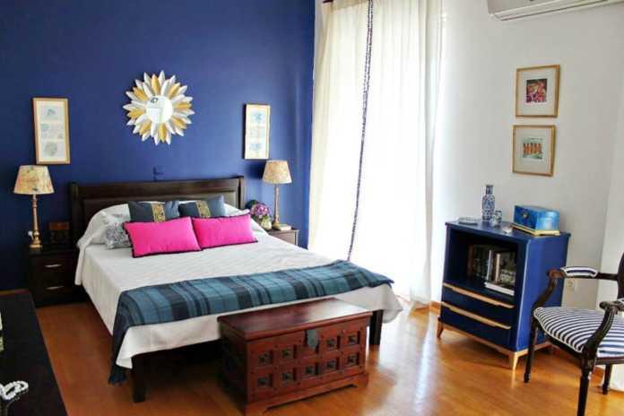 Ανακαίνιση κρεβατοκάμαρας σε τόνους του μπλε