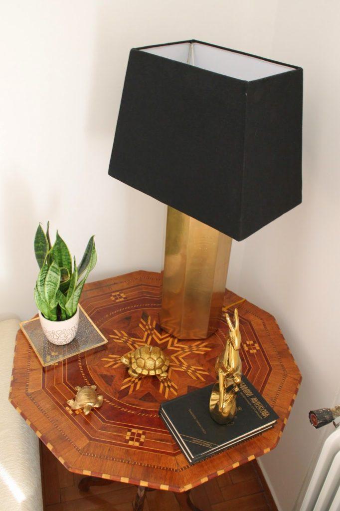 Επιτραπέζια λάμπα diy σε χρυσό χρώμα