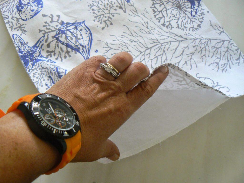 Πως να φτιάξεις διακοσμητικές θήκες μαξιλαριών από σουπλά
