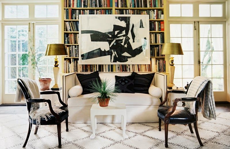 How-to-decorate-with-black-and-white-moroccan-rugs