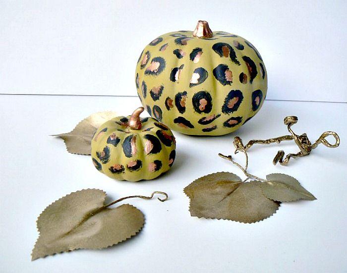 Leopard print pumpkins diy