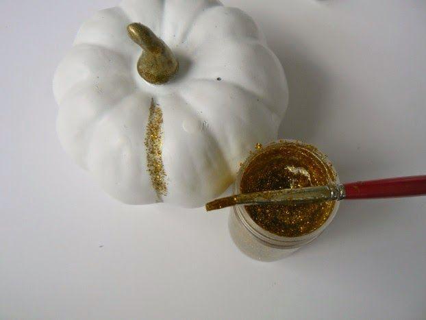 Λευκή κολοκύθα με χρυσό γκλίτερ