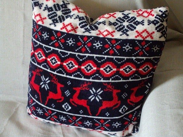 Blue and red christmas pillow