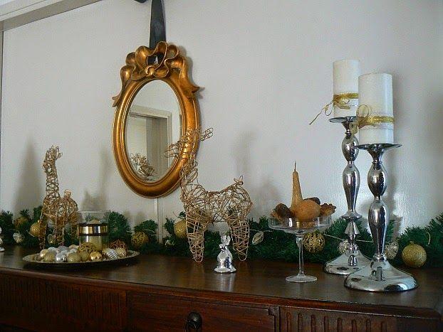 Χριστούγεννα με λάμψη, στολισμένος μπουφές στην τραπεζαρία
