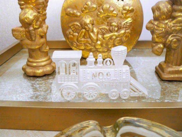 Coffee table christmas decor