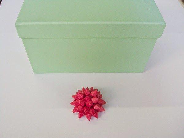 Κουτί σε μεντί χρώμα