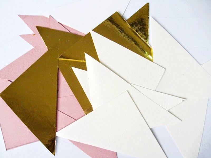 Τρίγωνα από χαρτόνι για την γεωμετρική καρδιά