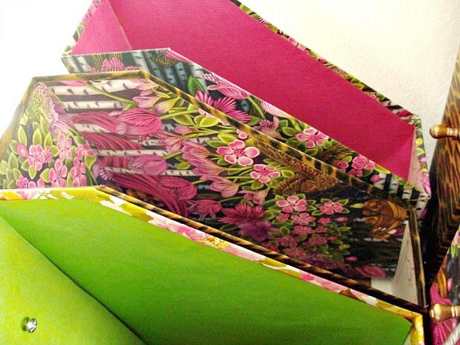 Θήκες περιοδικών ντυμένες με χρωματιστά χαρτιά