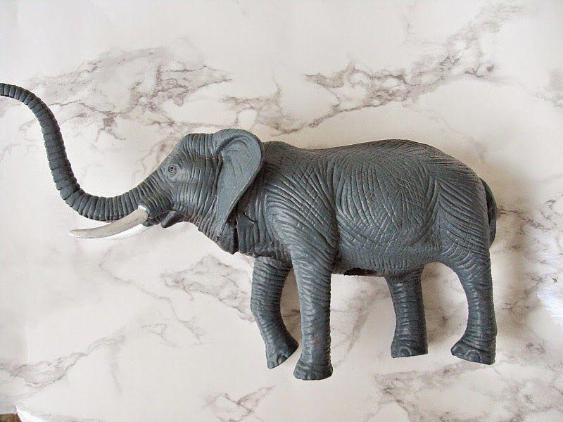 Πλαστικά ζώα, ελέφαντας