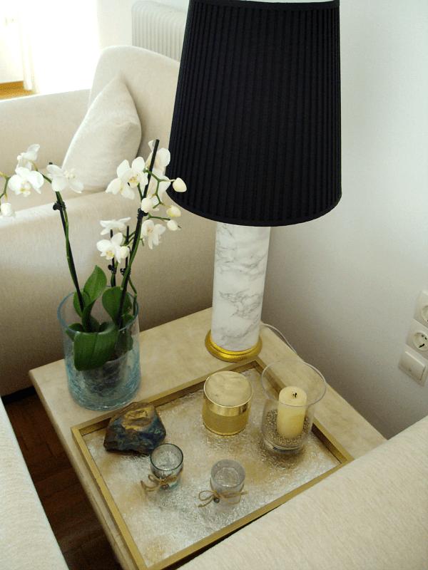 Palia epitrapezia lampa ginetai san kainourgia