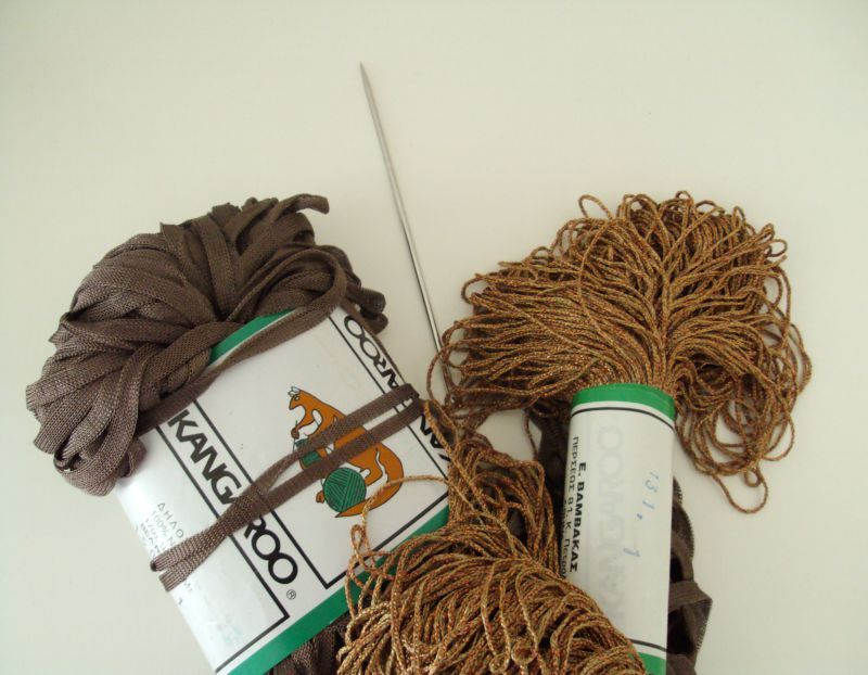 Bronze yarn