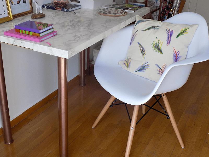Replica Eames white chair