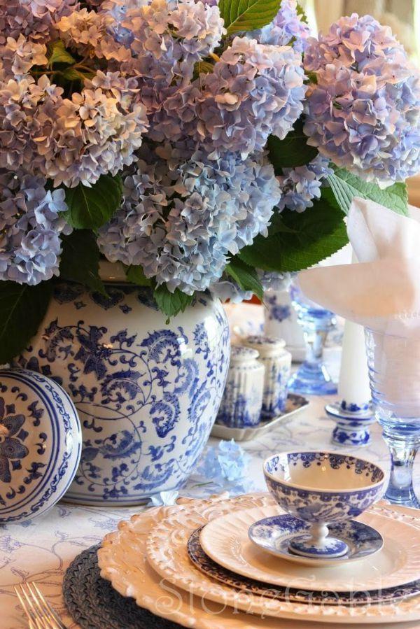 Μπλε άσπρο chinoiserie style βάζο και σερβίτσια