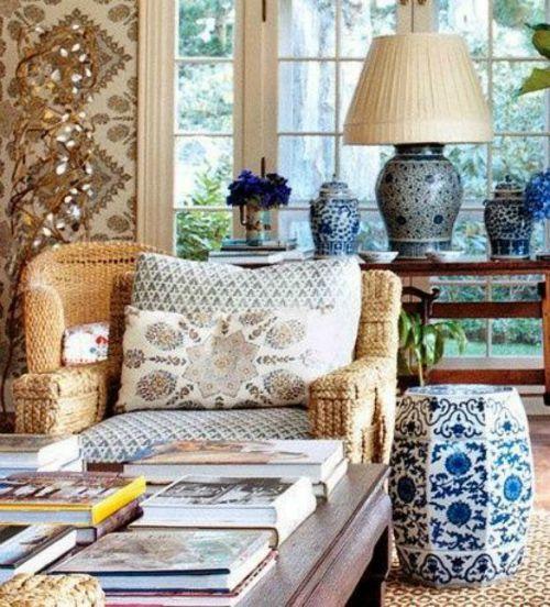 Μπλε άσπρο chinoiserie style, βάζα και κεραμικά σκαμπό