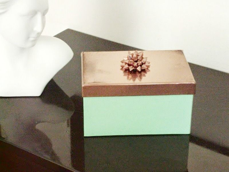 Jewelry box with copper lid