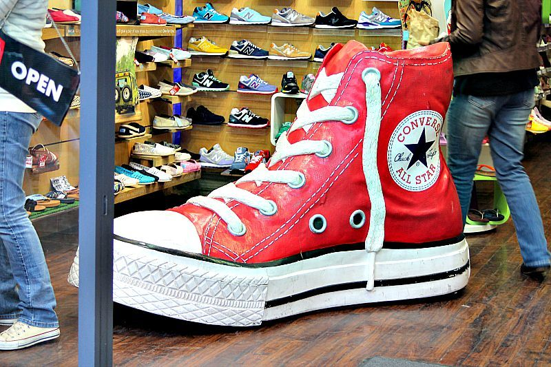 Camden, London, Gigantic All star shoe