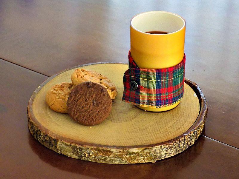 Κάλυμμα κούπας καφέ από μανσέτα πουκάμισου
