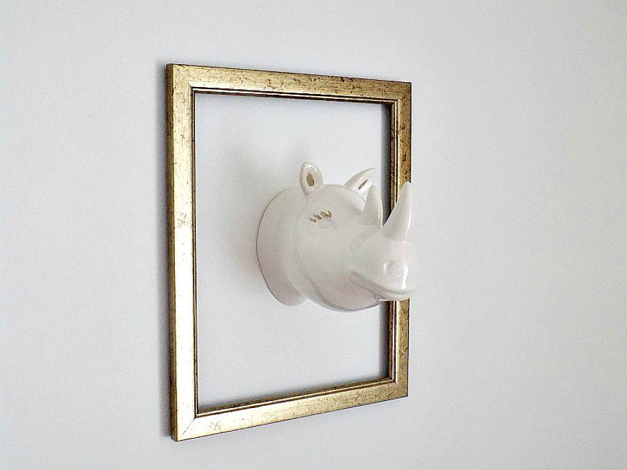 Διακόσμηση με ότι έχεις μέσα στο σπίτι, Ceramic hippo on the wall