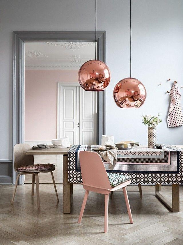 Τραπεζαρία σε τόνους ροζ και ροζ χρυσού