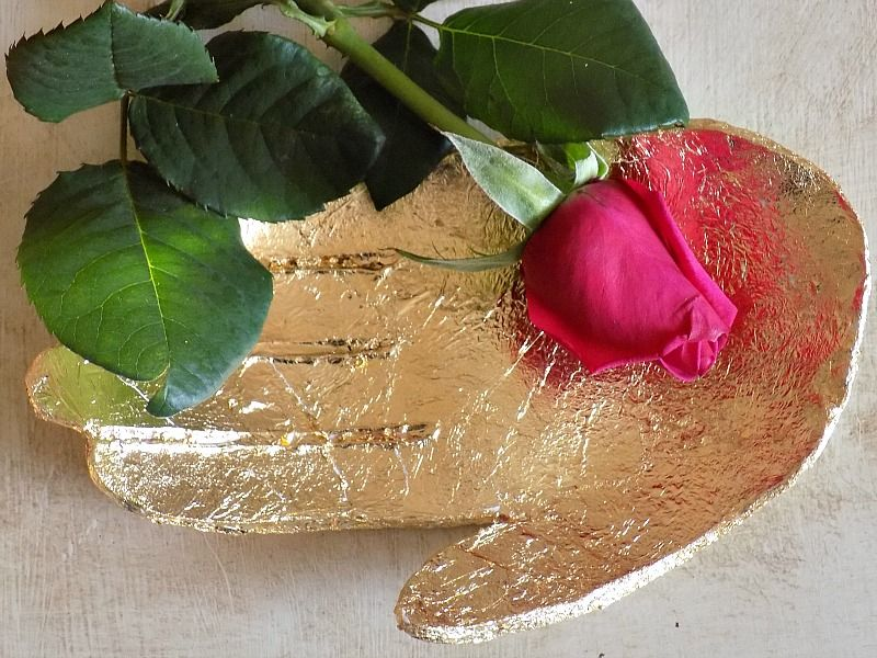 Gold sculptural clay dish, red rose