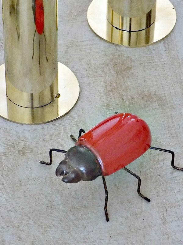 Κόκκινο διακοσμητικό σκαθάρι
