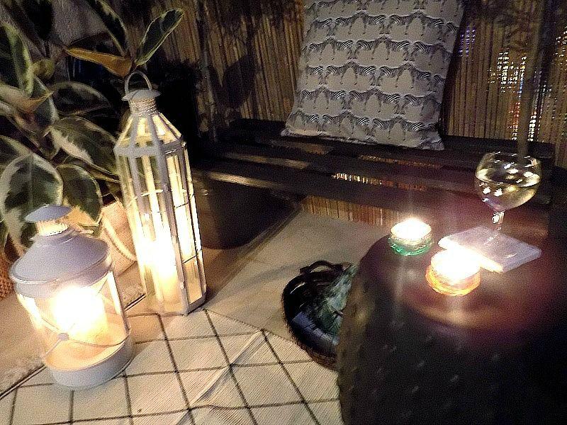 Πως έφτιαξα ένα παγκάκι για την βεράντα μας από μία παλέτα, κεριά και κρασί στην βεράντα
