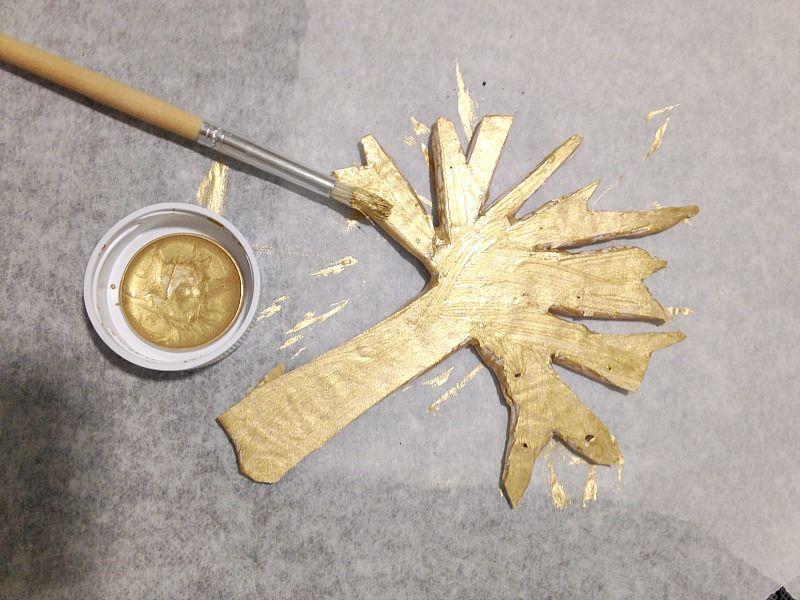 Χρυσό πήλινο δεντράκι