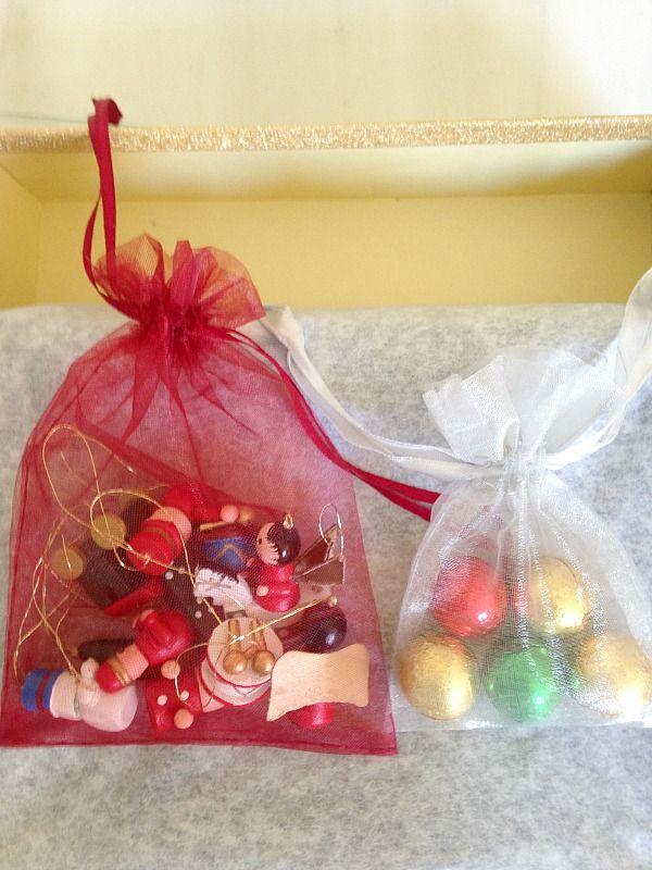 Πήλινο δεντράκι σε κάδρο,  διακοσμητικό για τα Χριστούγεννα