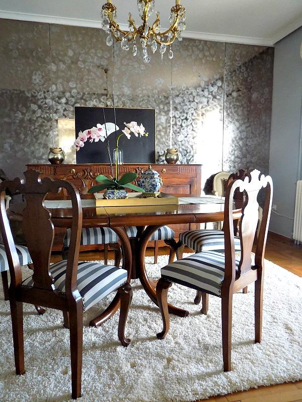 Παλιές καρέκλες τραπεζαρίας έγιναν σαν καινούριες