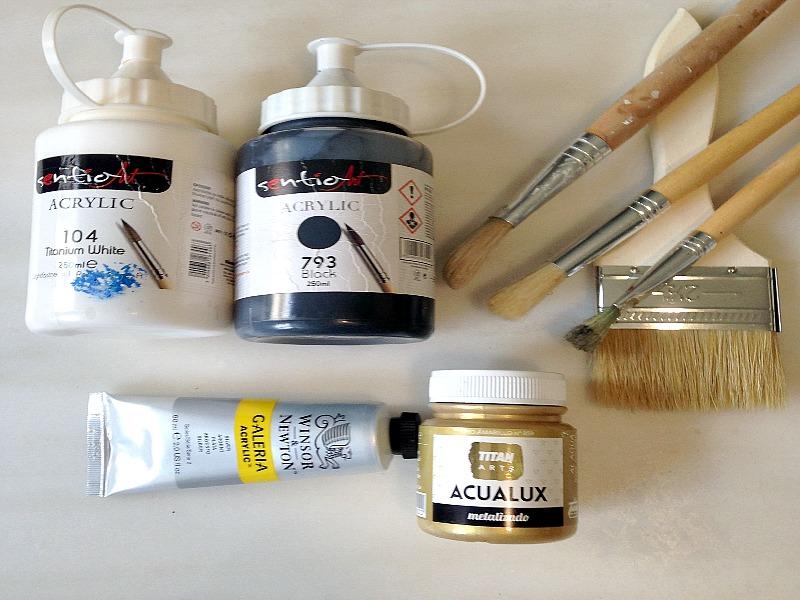 Υλικά που χρειάζεσαι για να ζωγραφίσεις αφηρημένη τέχνη σε άσπρο μαύρο χρώμα