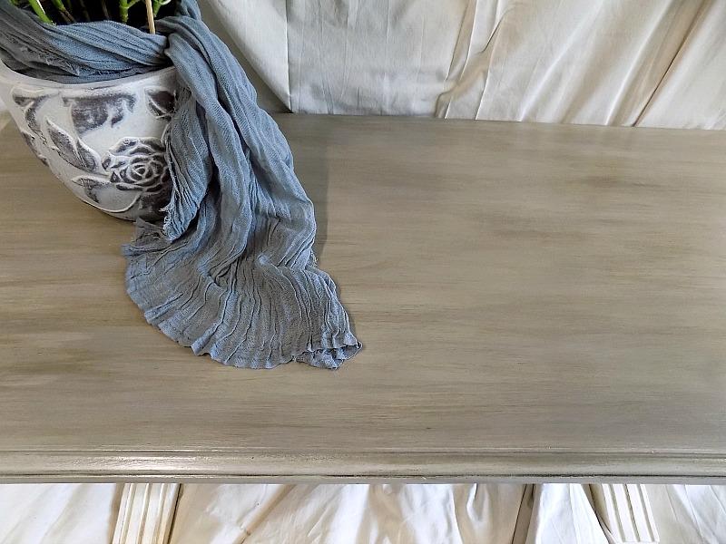 Ανανέωση για ένα παλιό τραπέζι, Chalk painted coffee table