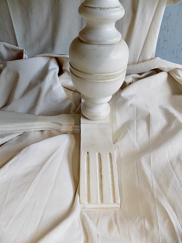 Ανανέωση για ένα παλιό τραπέζι, Original chalk paint and dark wax