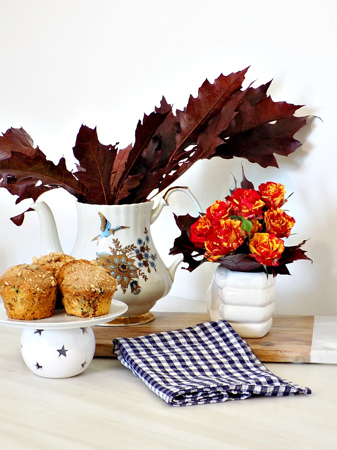Fall touches on the kitchen table