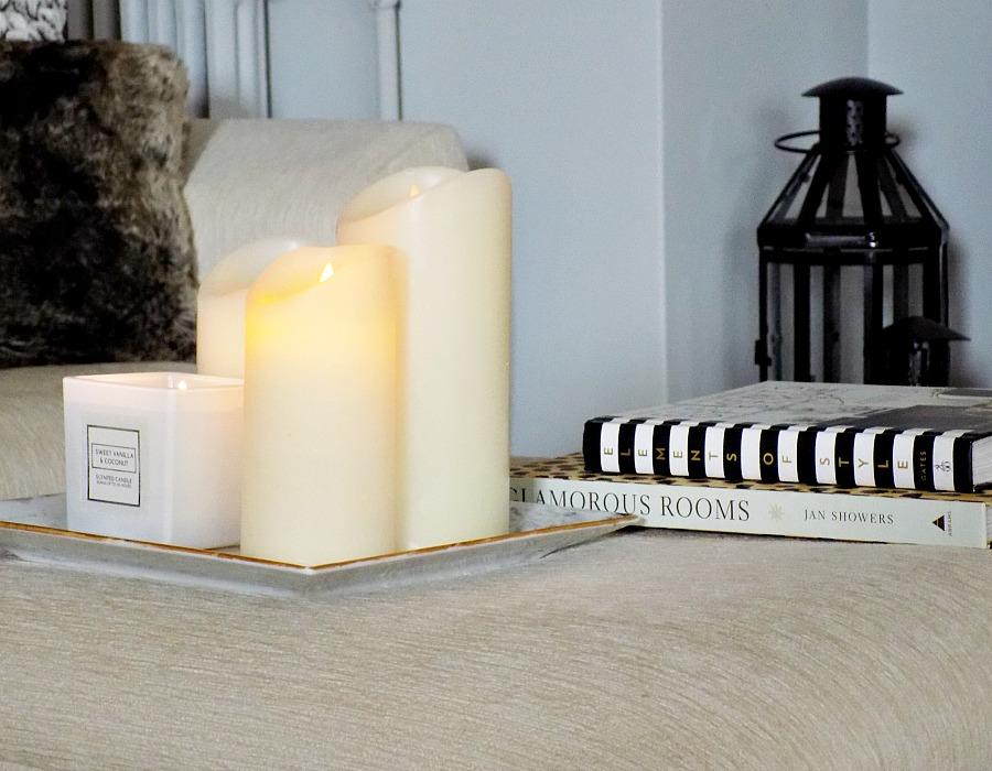 Χειμωνιάτικη διακόσμηση σαλονιού, κεριά