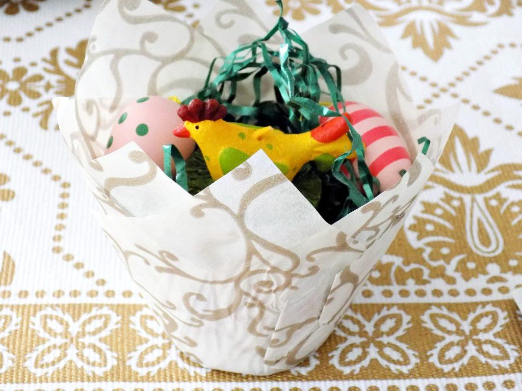 Φωλιές πουλιών φτιαγμένες από θήκες cupcakes